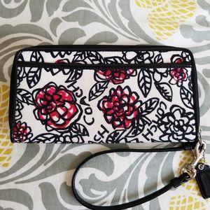 Coach Poppy Graffiti Daisy Zip Around Wallet